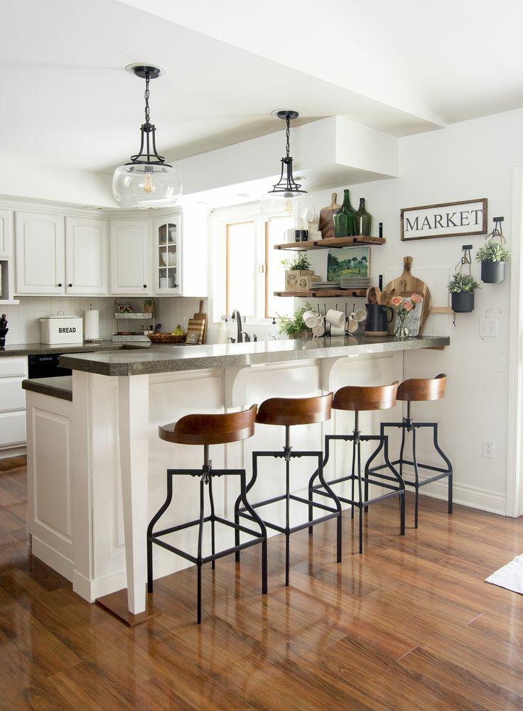 اپن آشپزخانه با پیشخوان بزرگ