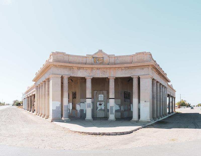 نمای ساختمان نئوکلاسیک