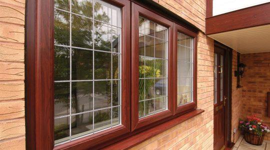 انتخاب پنجره برای خانه