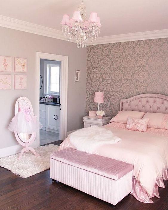 کاغذ دیواری پشت تخت خواب