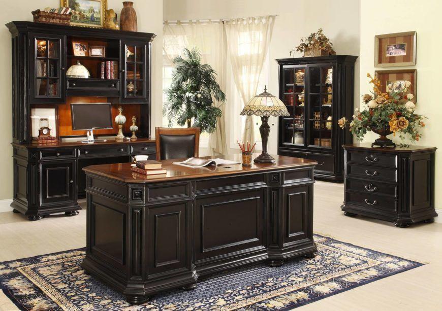 میز اجرایی یا Executive desk