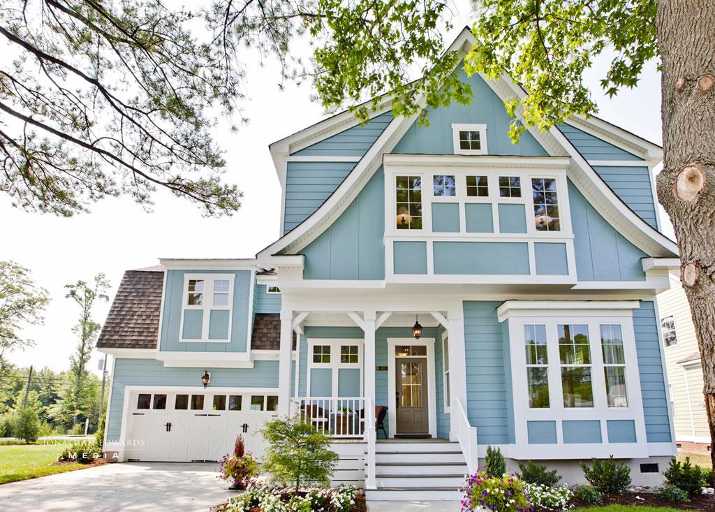 خانه به رنگ آبی