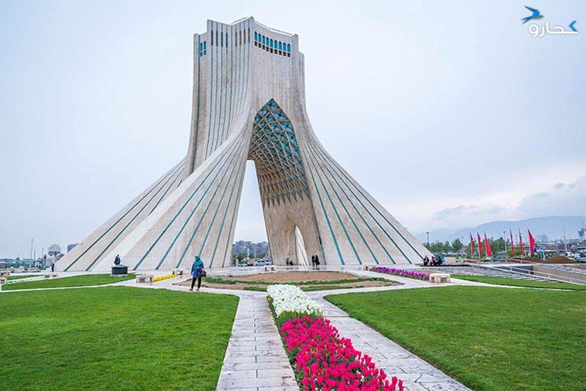 معماری برج آزادی